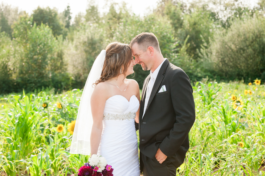 Laura & Justin's Country Garden Wedding