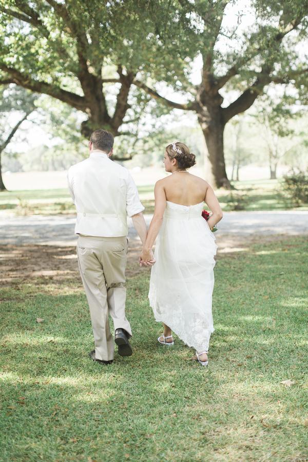 Jessica & Tyler's Understated Glam Wedding