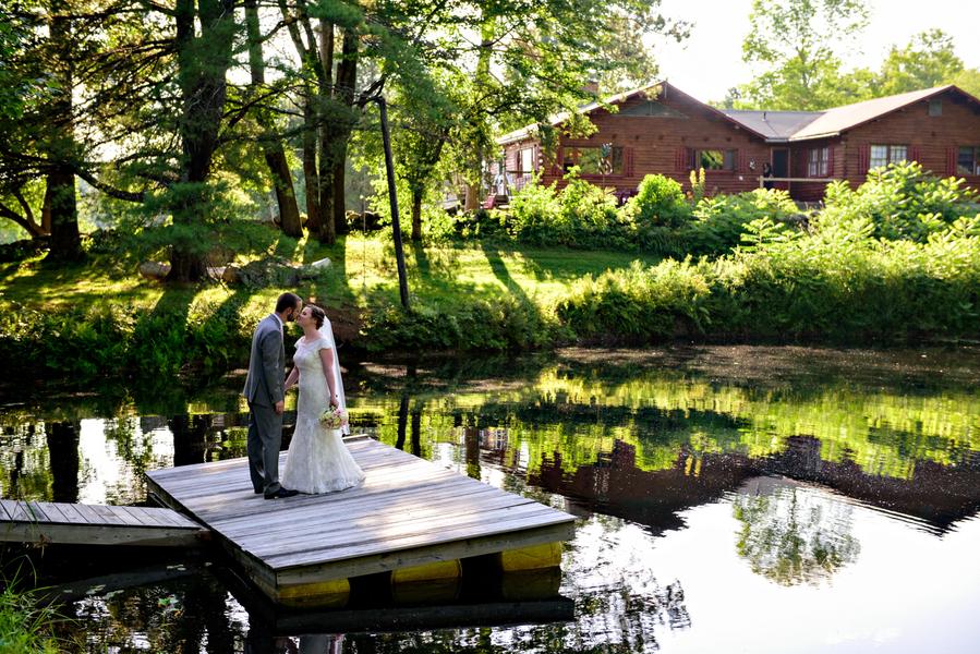 Lisa & Scott: A Beautiful New Hampshire Barn Wedding
