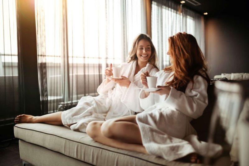gift ideas, bridesmaids, spa day, spa